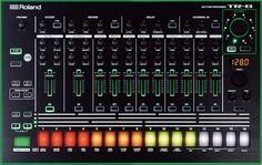 Roland 808/909 Drum Machine Hybrid