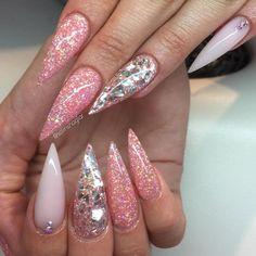 """""""✨✨✨✨✨ @solinsnaglar  ____________________________________________  #nails #nail #beauty #pretty #girl #girls #stylish #sparkles #styles…"""""""