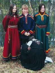 Relatert bilde Beautiful Norway, Beautiful World, Norwegian Christmas, Tin Art, Norse Vikings, Tribal Dress, Christmas Costumes, Folk Costume, Festival Wear