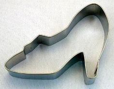 """High Heel Shoe Cookie Cutter 3 1/2"""" Wide: Amazon.com: Kitchen & Dining Decorate your own glass slipper!:)"""