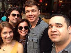 Com minha irmã Claudinha e meus amigos Cris, Fabiano e Beto em São Paulo. Agosto 2013 EGO - Netinho e amigos (Foto: Divulgação)