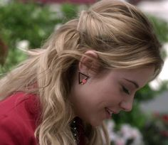 Her earrings are fab