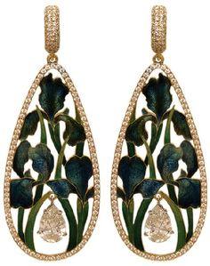"Ring | Ilgiz Fazulzyanov ""Butterflies"". The faceted pearl appears to float freely amongst fluttering enamel butterflies"