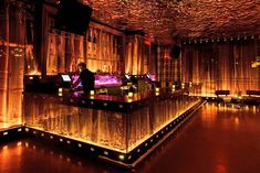 The Vanity Club is hosted in the Hard Rock Hotel and Casino, Las Vegas (Morgans Hotel Group). I would say kitsch has accomplished it's maximum expression in the interiors of this club and words ugly or vulgar wouldn't even nearly come up to my mind. Lounge Bar, Hookah Lounge, Lounge Design, Küchen Design, Nightclub Bar, Nightclub Design, Decoration Restaurant, Restaurant Interior Design, Street Furniture