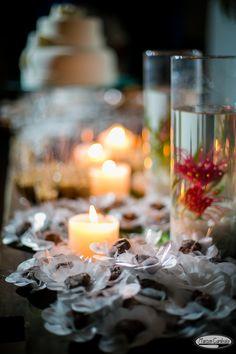 #Casamento na #praia. Michelle e Thiago #Trancoso - Bahia #decoraçao #velas #candle #artistafloral