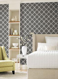 Black and white geometric wallpaper in living room