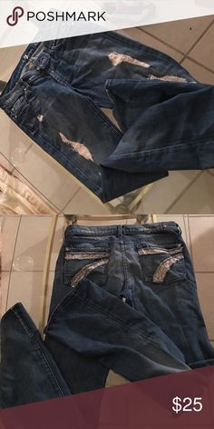 7 FOR ALL MANKIND DISTRESSED JEA S SZ 28 IN EUC 7 FOR ALL MANKIND SZ 28 DISTRESSED 👖 JEANS IN EUC.PRICE IS FIRM!!! 7 For All Mankind Jeans Boot Cut