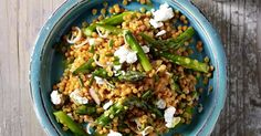 Cook the lentils in boiling water for mins. Cook the asparagus in boiling salted water for 5 mins. Drain and cut into pieces. Mix together the vinegar, mustard and honey and season with salt and pepper. Beat in the oil and season again. Asparagus Salad, Asparagus Recipe, Quick Recipes, Cooking Recipes, Low Calorie Vegetables, Goat Cheese Recipes, Lentil Salad, Lentil Recipes, Lentils