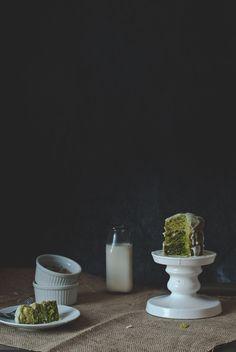 mini ombre matcha cake with coconut glaze | http://tworedbowls.com