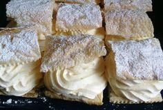 Poctivé vanilkové krémeše z listového těsta. Žádná zdlouhavá příprava, nic náročné a hlavně chutné.