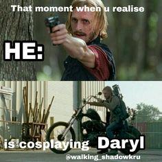 Walking Dead Cake, Walking Dead Tv Series, Walking Dead Funny, Fear The Walking Dead, Dead Pictures, Funny Pictures, The Walk Dead, Stuff And Thangs, Daryl Dixon