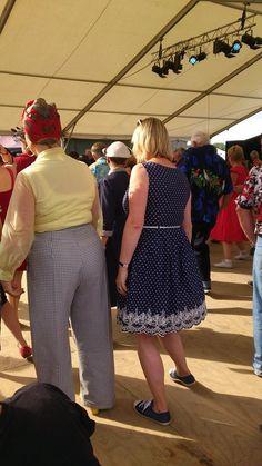 #twinwoodfestival2014 #twinwoodfestival #twinwood #vintagestyle #vintagefashion #vintagelook #fortiesfashion #fortiesstyle #fiftiesfashion #fiftiesstyle #vintagelover dancing