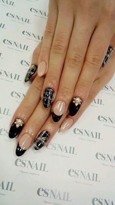 i love these nails. Es Nails, Bling Nails, Nail Manicure, Love Nails, How To Do Nails, Asian Nails, Acryl Nails, Natural Gel Nails, Uñas Fashion