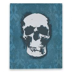 This canvas replica of the skull painting seen in 221B is ridiculously accurate, and also has a faint impression of the wallpaper in the background.