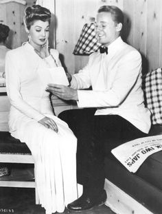 Esther Williams and Van Johnson.