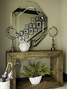 Love the table. Could totally make this!