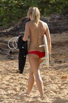 Part 2 wins…hot surfer gals (Photos-plenty) Surf Girls, Beach Girls, Beach Babe, Gals Photos, Hot Surfers, Surf Hair, Local Girls, Glamour, Athletic Women