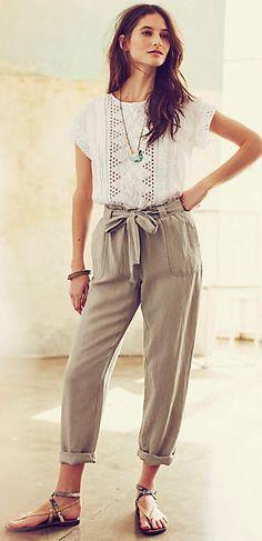 linen trousers Fashion Moda, Fashion Pants, Boho Fashion, Fashion Outfits, Womens Fashion, Punk Fashion, Lolita Fashion, Spring Summer Fashion, Spring Outfits