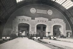 the central station in Milano as it was 1930 circa