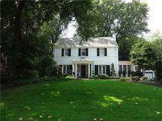 Arlene Guastella with Achieve Realty: Listings Search