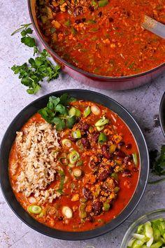 Tofu Recipes, Vegetarian Recipes Easy, Vegan Dinner Recipes, Healthy Recipes, Lentil Tacos, Lentil Burgers, Red Beans Recipe, Vegan Stew, Homemade Chili
