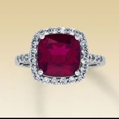 I actually saw this ring in a dream and had to find it.