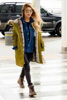 Wonder Girls' Yubin Mixes Trends in Enviable Airport Fashion | Koogle TV