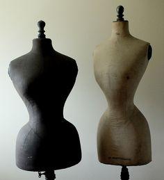 Nachfragen Sie zu finden Ihre ideale französische Schaufensterpuppe oder Form zu kleiden