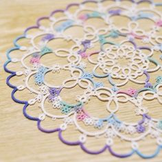 tatting : fairy circle (pattern by Herua) #tatting #handmade #doily Good to do while traveling??