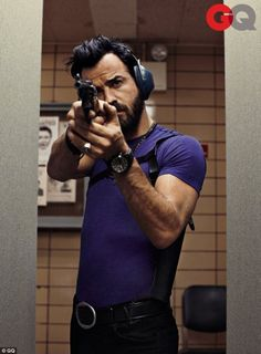 Justin Theroux... And no more!'