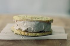 {These sound absolutely amazing!} Toasted Sesame Ice Cream Sandwiches with No-Churn Chinese 5-Spice Coconut Milk Ice Cream | The Vanilla Bean Blog