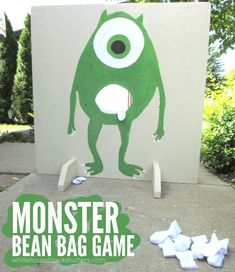 On White House Black Shutters, Ann Marie created the most fun Monsters Inc Bean Bag Toss Game. I could see this being a huge hit among all kids and even adults. Halloween Week, Halloween Party Games, Kids Party Games, Halloween Ideas, Halloween Pranks, Halloween Halloween, Halloween Makeup, Halloween Decorations, Halloween Costumes