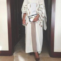 Feast of the sacrifice: 55 modern and fashion Abayas to celebrate Eid el-Adha - as . - Feast of sacrifice: 55 modern and fashion Abayas to celebrate Eid el-Adha - hijab tips Arab Fashion, Islamic Fashion, Fashion Mode, Muslim Fashion, Modest Fashion, Fashion Outfits, Modest Outfits, Classy Outfits, Estilo Abaya