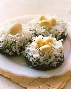 Bird Themed Wedding Ideas - Bird's Nest Cookies