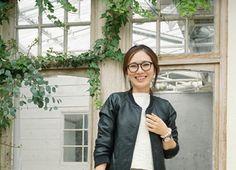 トレンドママコーデSNAP - mamagirl   ママガール Bomber Jacket, Coat, Jackets, Fashion, Moda, Bomber Jackets, Fasion, Peacoats, Fashion Illustrations