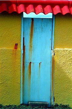 Tortola, British Virgin Islands... another side door... Love the colours!