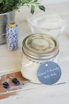 DIY- Oatmeal and Lavender Bath Soak simplyhappenstance.com