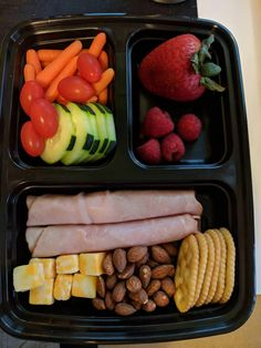 Lunch snacks, healthy snacks, healthy eating, clean dinner recipes, lunch r Healthy Foods To Eat, Healthy Dinner Recipes, Diet Recipes, Healthy Eating, Healthy Protein, Health Snacks, Diet Snacks, Diet Meals, Lunch Snacks