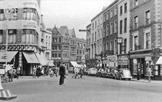 Junction of Grafton Street and St Stephens 1955 Ireland Pictures, Old Pictures, Old Photos, Dublin Street, Dublin City, Dublin Ireland, Ireland Travel, Grafton Street, Saint Stephen