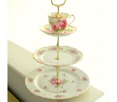 Pink Roses 3-Tier Stand: Fresh from an English garden in full bloom comes this romantic 3-tiered stand for tea sandwiches, cake, cupcakes and more.