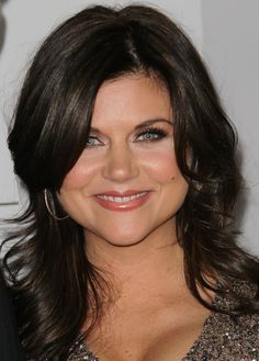 Tiffani Thiessen:  Valerie (Beverly Hills 90210) and Kelly (Saved be the Bell), born 1/23/1974