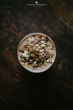 banana oat shake with cacao & maca