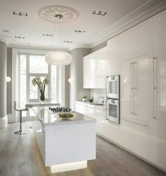 "jassssuuuu: "" All White Kitchen "" Kitchen Living, New Kitchen, Küchen Design, House Design, Layout Design, Design Ideas, Kitchen Interior, Kitchen Decor, Kitchen Ideas"