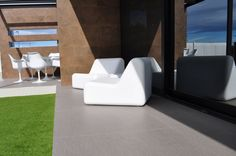 #Inalco. Project: Single House in Castellón by Architect Luis Sanmiguel. #Magma series #porcelain #stone in 100x100 cm. Also perfect for any Outdoor #decoration, anti-slip.  finishings.