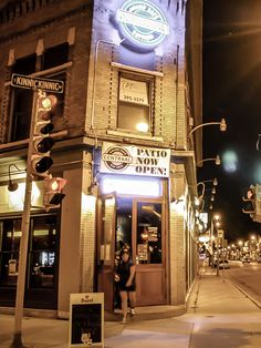 Cafe Centraal has a great brunch (Sat & Sun), best Bloody Mary in Milwaukee (until proven otherwise), and over 100 Biers. Big bar with TVs that usually have the local sports teams on it. No happy hour. Enter using the side entrance :)