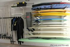 Wetsuit + board storage Howards Storage World Garage Makeover includes elfa system, tubtrugs and fishing rod holders. Surfboard Storage, Surfboard Rack, Skateboard Rack, Garage Organization, Garage Storage, Workshop Organization, Howard Storage, Surf House, Surf Shack