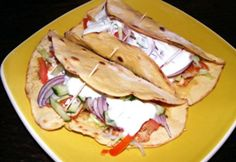 Tortilla kukoricaliszttel Hungarian Recipes, Tortillas, Scones, Hamburger, Tacos, Paleo, Food And Drink, Gluten, Mexican