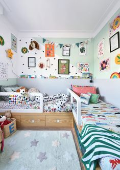 We don't think we would hear any complaints about sharing a bedroom with one like this! 🐕⭐️🦒 Room by: . Kids Bed Design, Kids Bedroom Designs, Design Hall, Creative Kids Rooms, Luxury Bedroom Design, Master Bedroom Makeover, Toddler Rooms, Baby Bedroom, Kid Beds