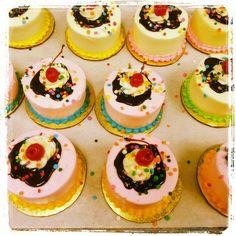 Ice cream sundae cupcakes <3