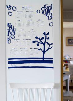 2013 fabric calendar in Blue : Lotta Jansdotter